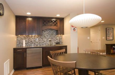 Remodel your basement into more space for your home: here are some ideas.