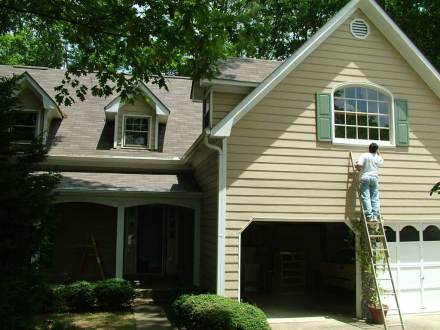 Hire a painting contractor in Topsfield, Massachusetts